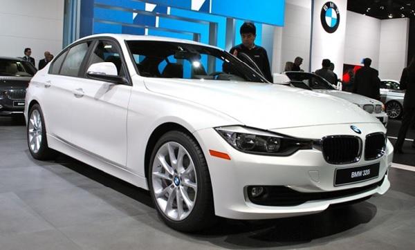 BMW 320i với thiết kế lịch lãm, sang trọng nhưng cũng rất cá tính