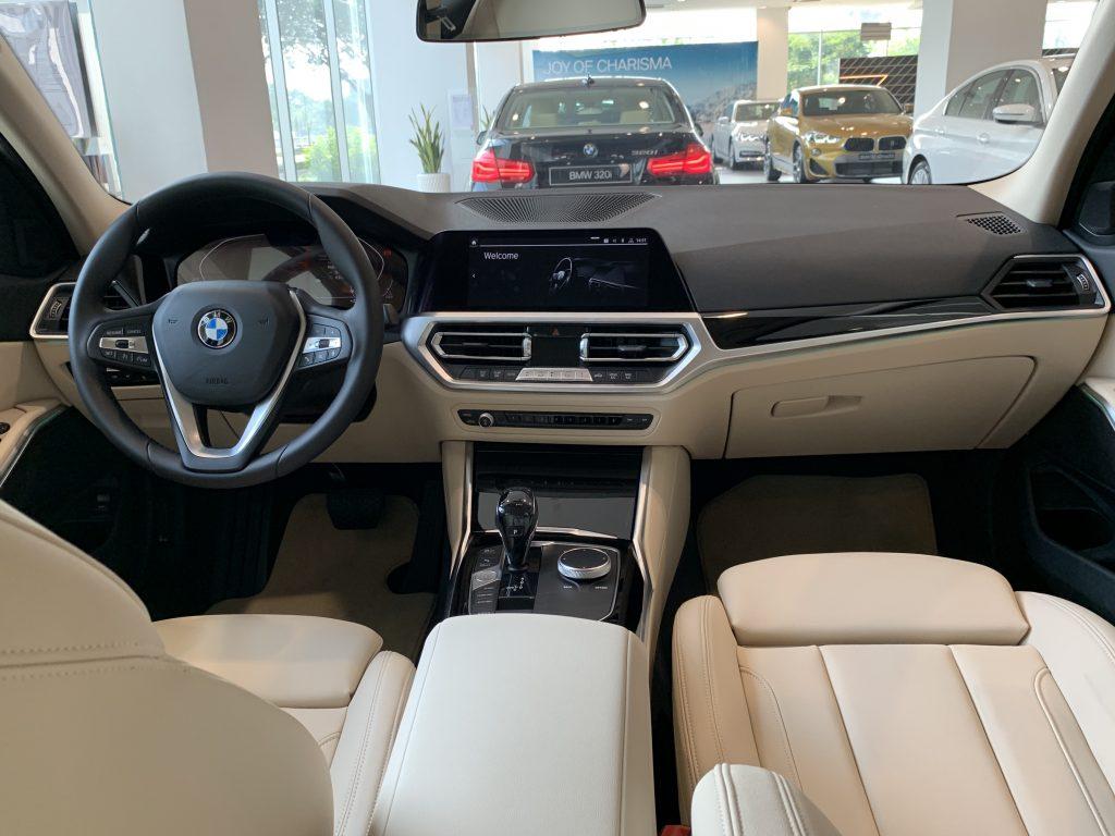 BMW 330i Sport-Line