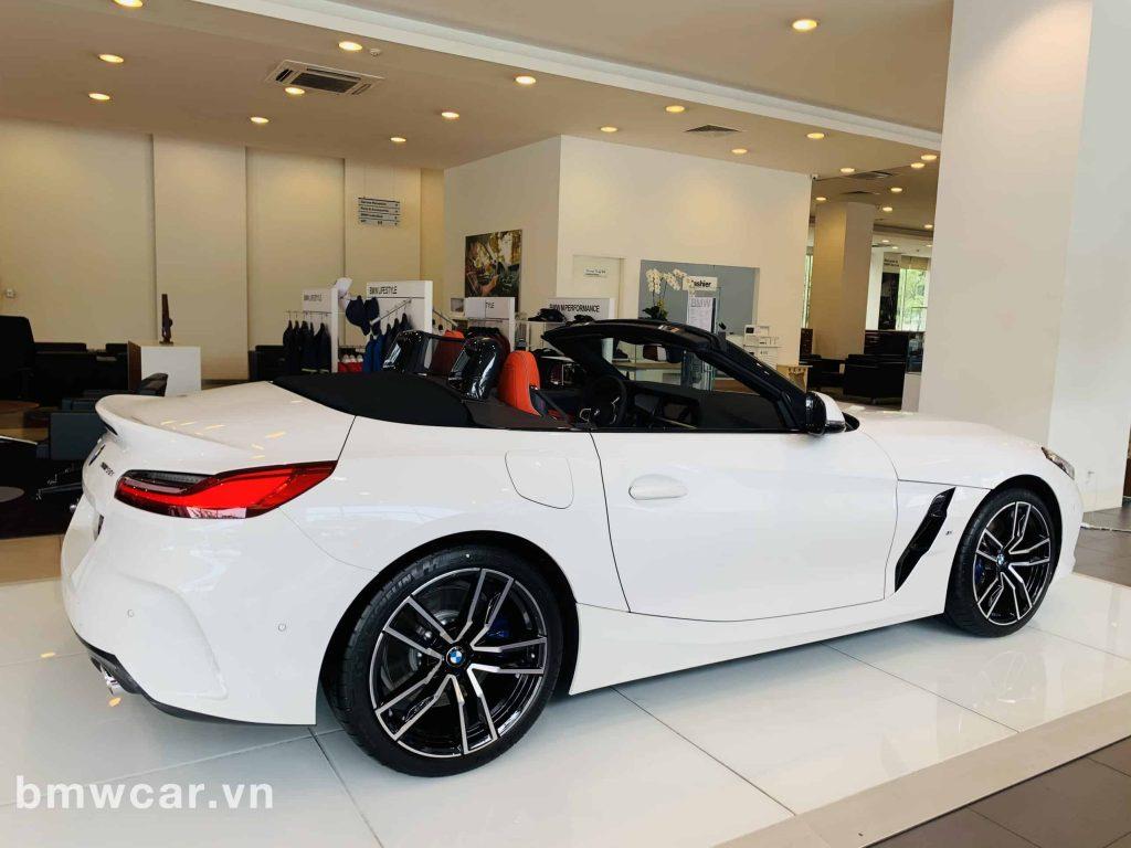 BMW Z4 2020 có thiết kế mui xe đóng mở tự động